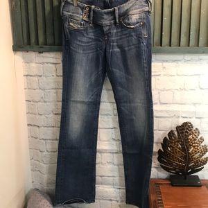 Diesel Cherock Jeans size 32-32 EUC